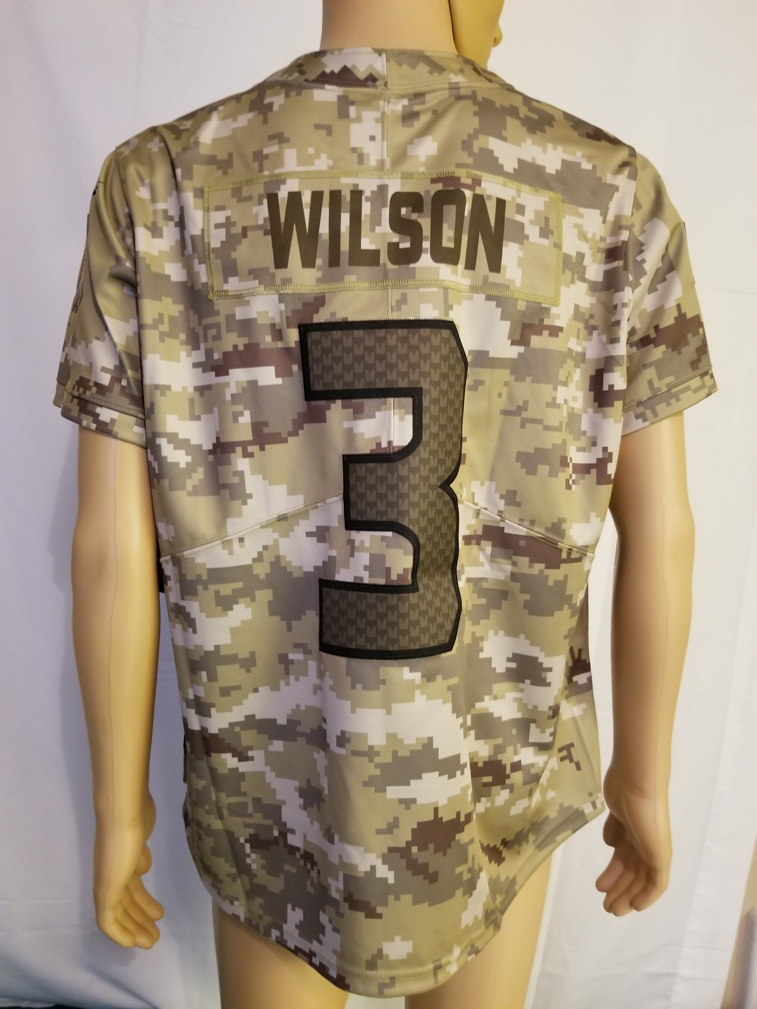 Nwt rare Russell Wilson salute to service Camo jersey Seattle Seahawks womens size 2xl — JtsHeroeShop