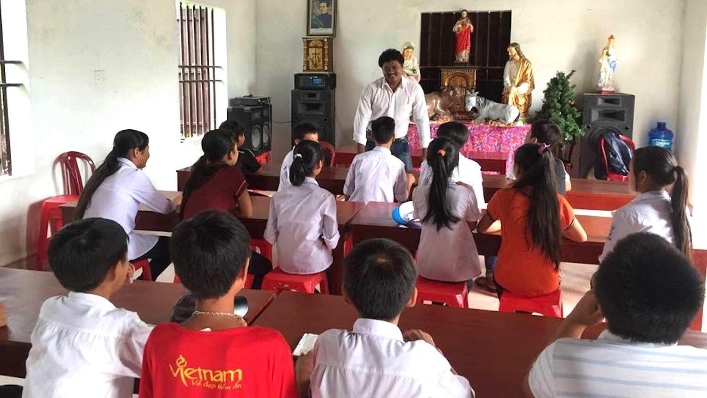 9 cyril yogi's past events in vietnam .jpeg