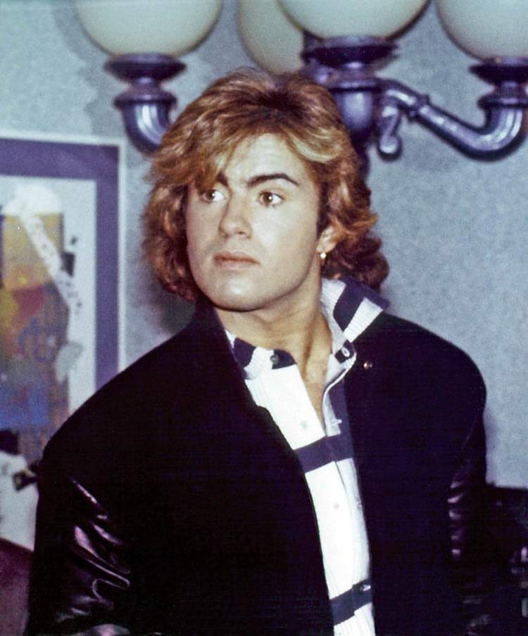 3. George Michael - Band Aid recording session.jpg