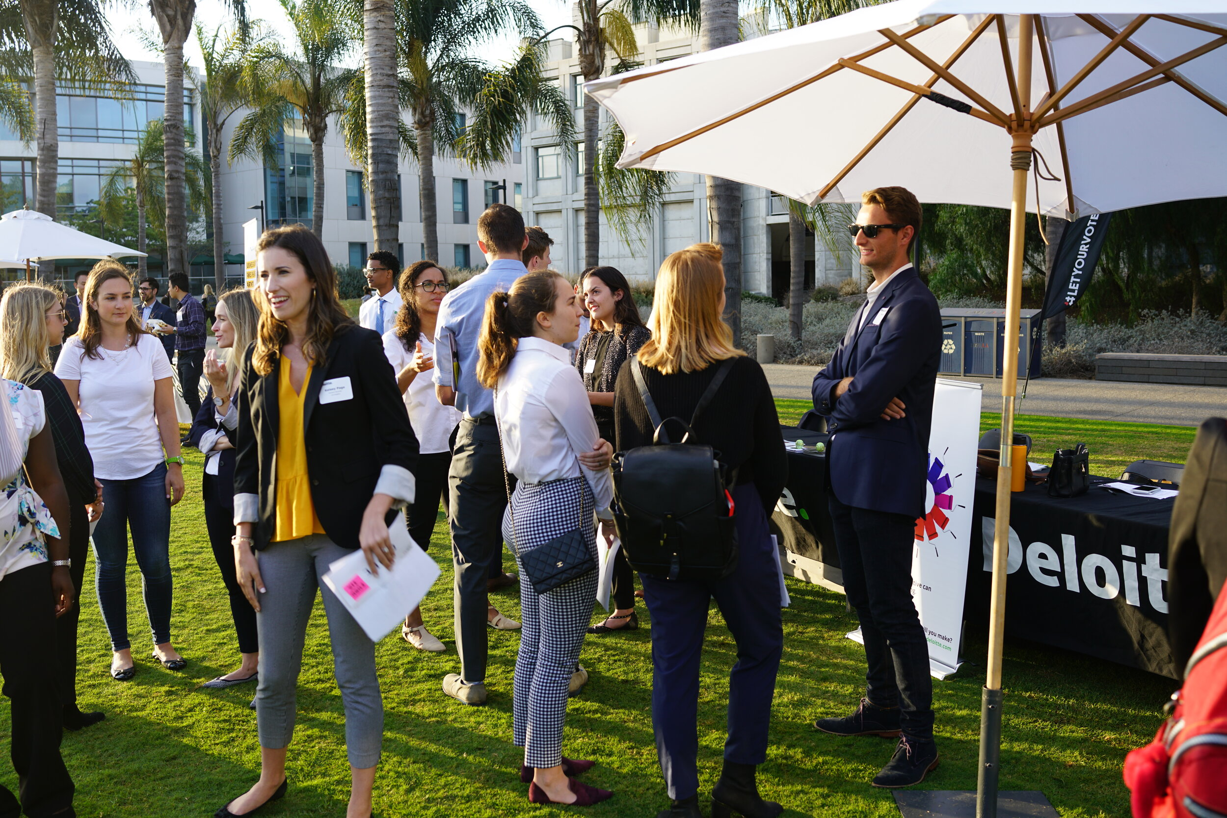 Meet the Firms - Members can network and socialize with professionals from 20+ accounting-related firms. A great way to connect with internships and other summer opportunities.