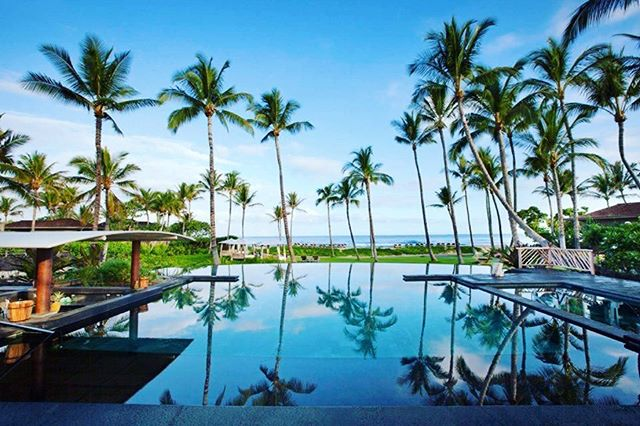 Enjoy the end of summer at the Four Seasons Resort Hualalai - Big Island - 🌴 #bigisland #bigislandhawaii #fourseasonshotel #fourseasonsresort #fourseasonsresorthualalai #hawaii #unitedstates #hawaiilife #luxury #travel #montecarlotravel1985 #dream #travelgoals #travelgoals2019 #palmtrees #pool #ocean #pacific #pacificocean