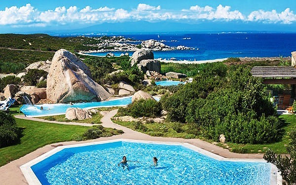 Discover Delphina Hotels & Resorts on the beautiful Sardinia island in Italy 🌴💦 #sardinia #delphinahotels #italy #italia #sardiniaitalia #sardiniahotels #hotel #resort #instapic #picoftheday #sea #pool #luxury #luxurylife #luxurious #hotelluxury #mediterranean #mediterraneansea #montecarlotravel1985 #montecarlotravel #monaco
