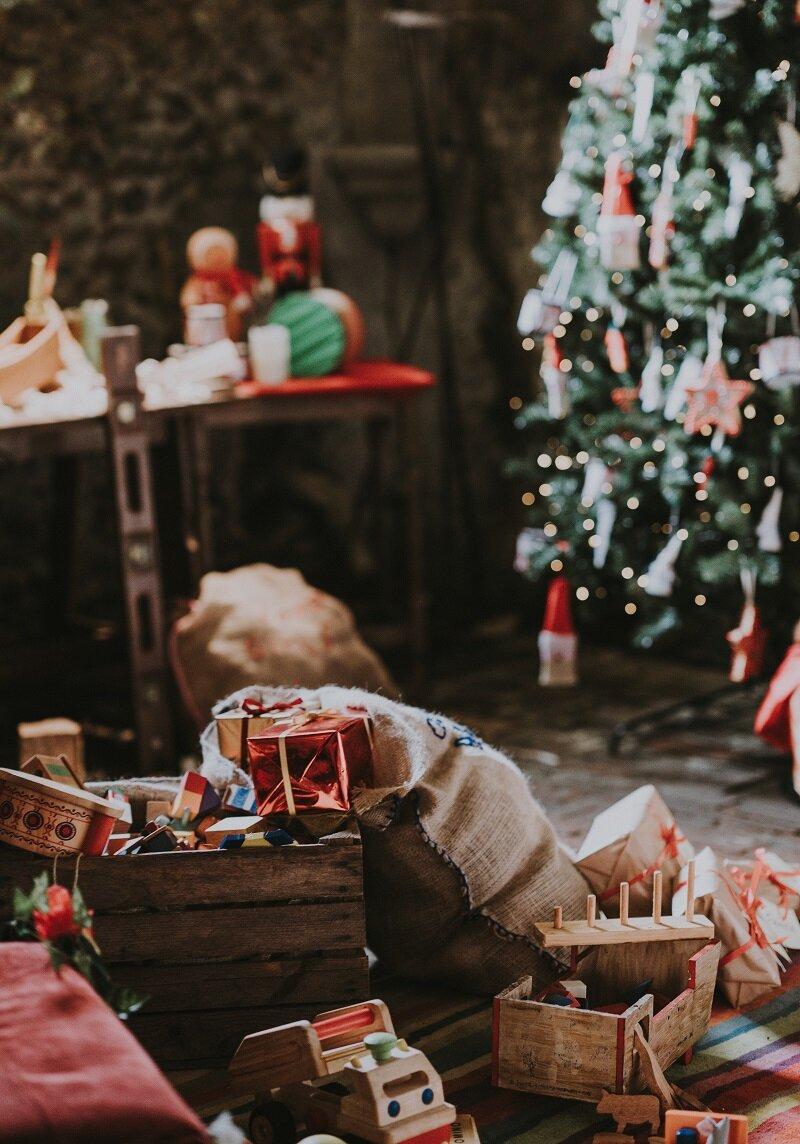 4 Geschenke Zu Weihnachten Wie Du Deine Kinder Mit Weniger Glucklicher Machst Einfach Ordentlich