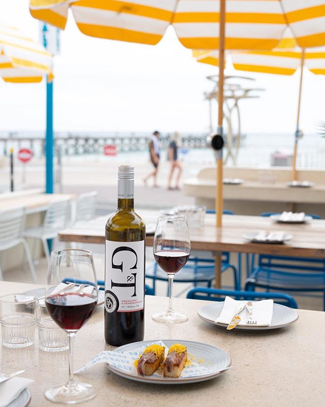 Credit to @dowiedoole for this superb snap. Their delicious blend of Grenache & Tempranillo is just another great reason to get down to SeaSalt! Open Wednesday - Sunday, 12pm - late.⁠ .⁠ .⁠ .⁠ .⁠ .⁠ .⁠ .⁠ #wine #redwine #summer #beachwine #seasaltbysea #wineandfood #foodandwine #ilovewine #vino #winelover #aussiewine #mclarenvale #sa #adelaide #ichoosesa ( #📷 @dowiedoole )⁠