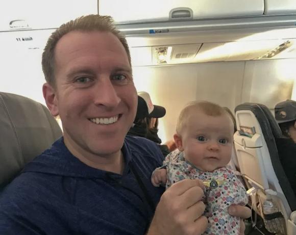 Liesel's 1st flight, March 2017 (Hawaii)