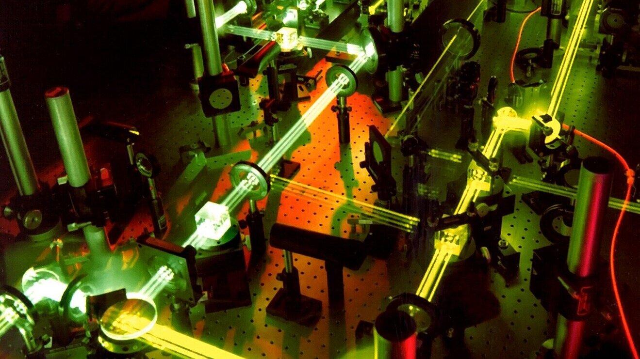 laser-63190.jpg