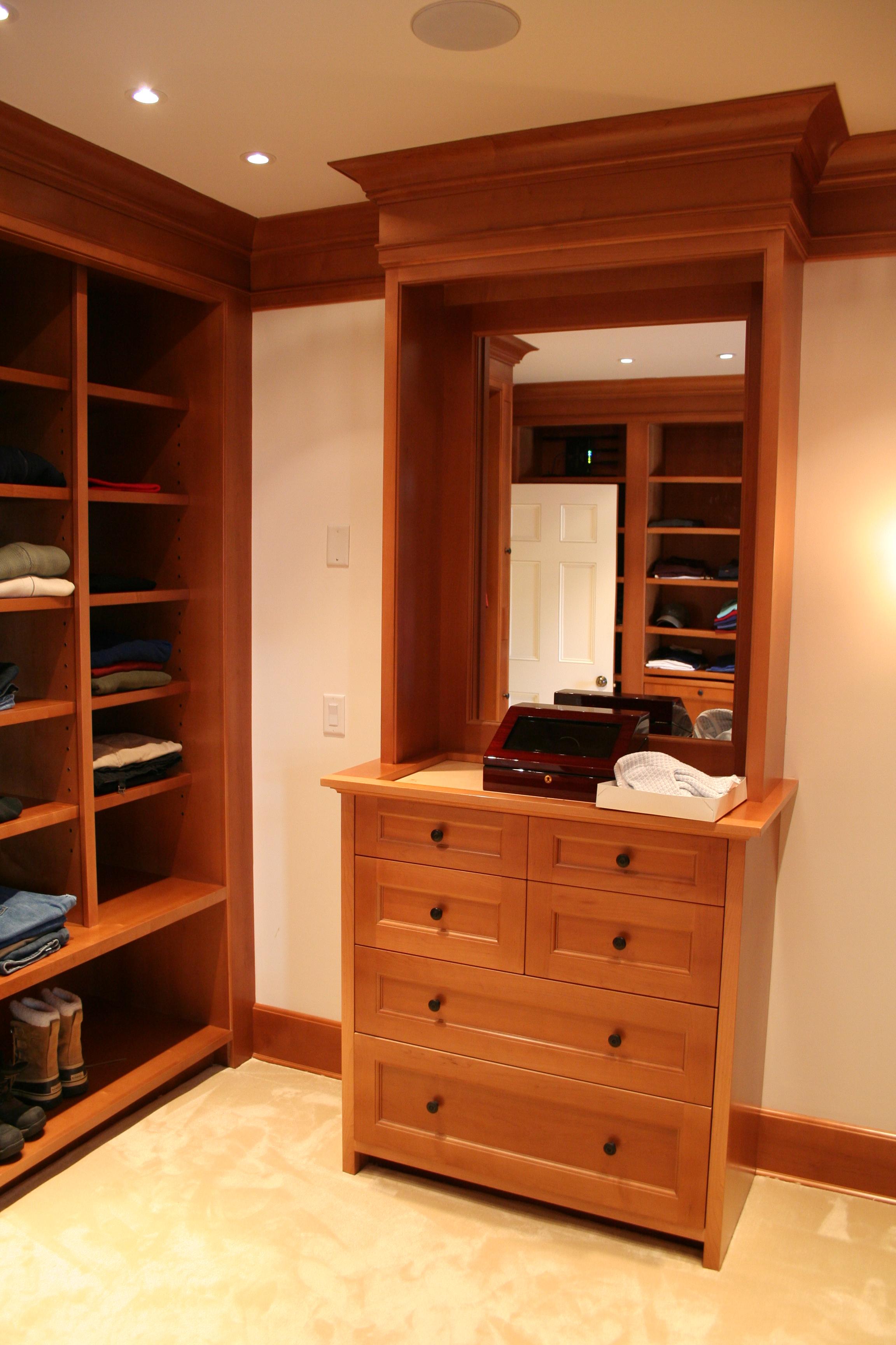 Bonadio, Wadia, closets 9-2012 001.JPG