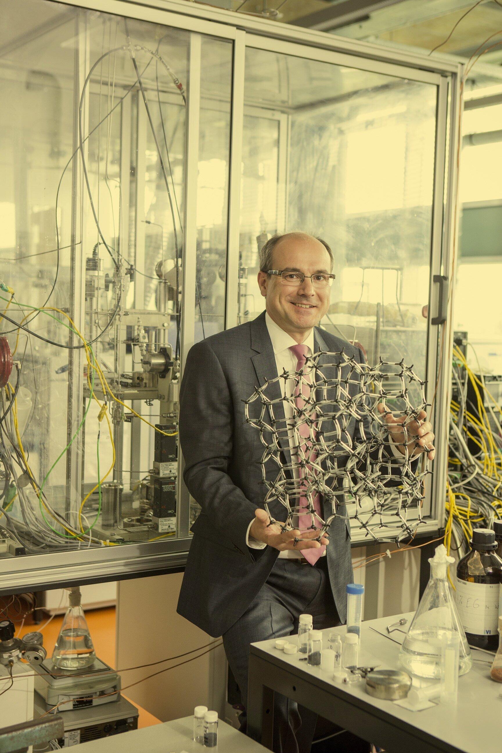 Bert Weckhuysen universiteitshoogleraar katalyse
