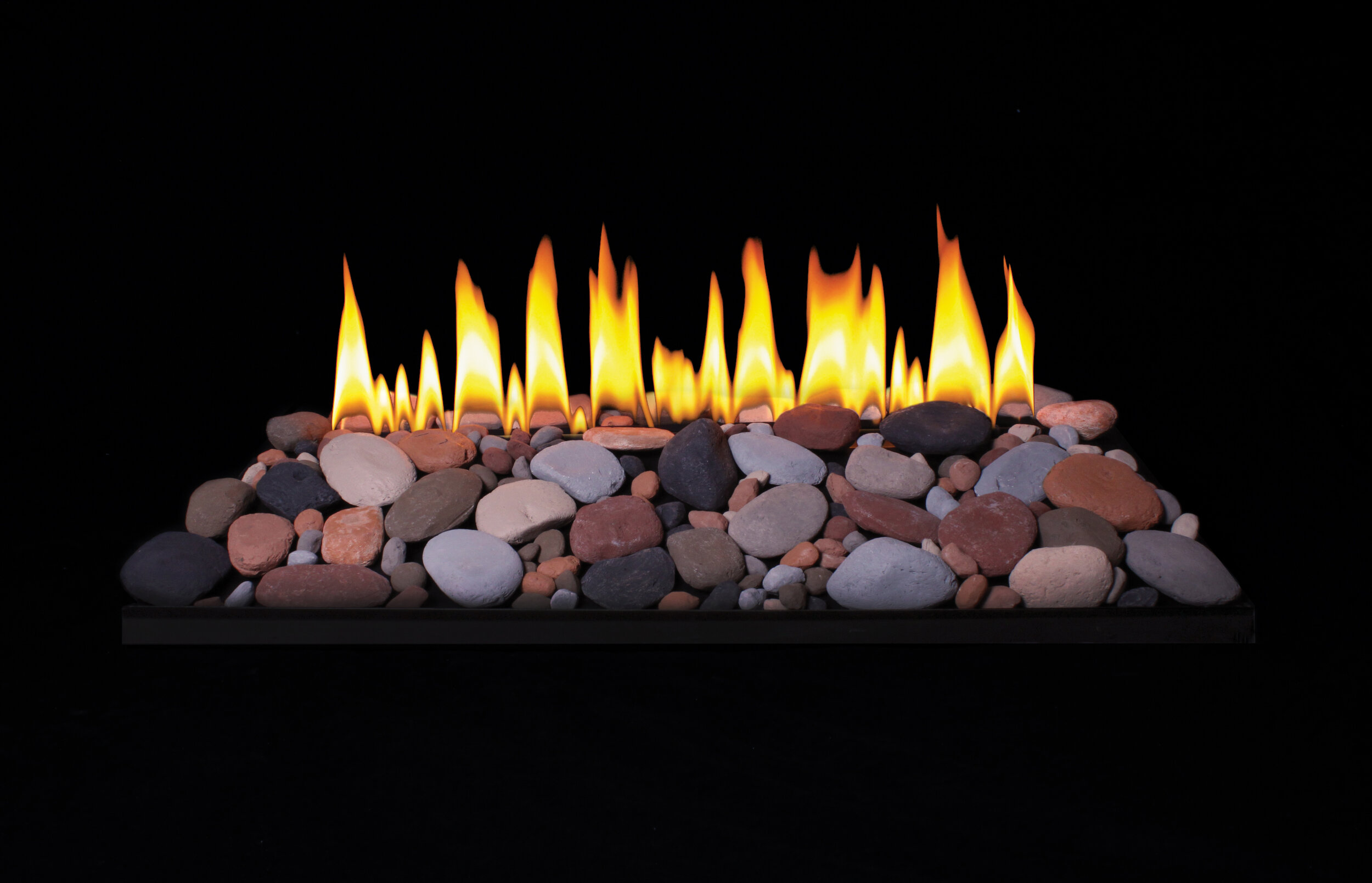 Loft Series Burner with Decorative Rocks and Accent Pebbles