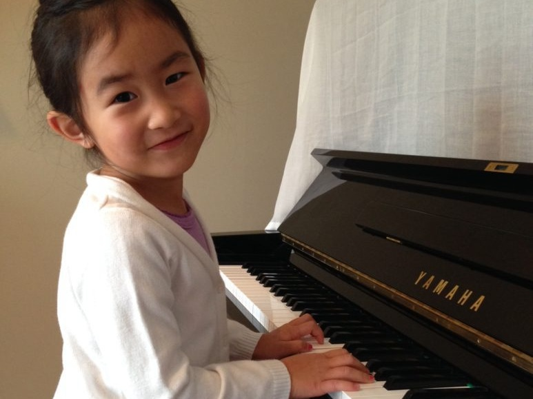 """""""Master Piano Service is the most professional piano store in Calgary, My daughter love the YAMAHA U3 piano. The service was great with absolutely no sales pressure, and they gave us plenty of time to try out all the pianos. We received professional and friendly service throughout."""" - — CHEN CHANGYAMAHA U3 – Calgary"""