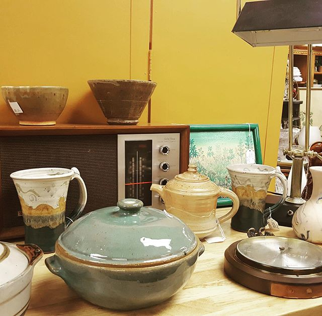 Lots of pottery and an awesome old radio - stop in to check it out! #twigforhome #consignment