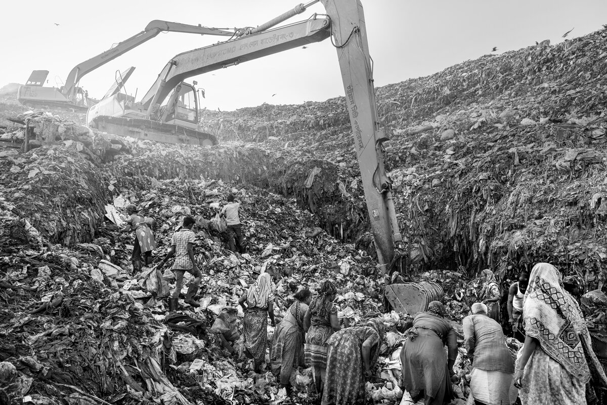 Chittagong, Bangladesh - The Ananda (Joy Market) Dump Site