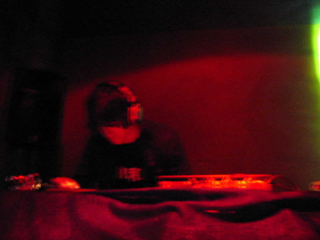DJ-Oliver-Knight-red-1.jpg