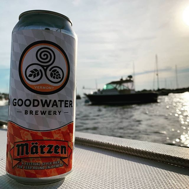 Throwback to last sunday, enjoying @goodwaterbrewery_vt Marzen on the water #craftbeers