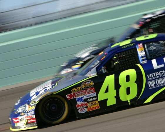 PIC-5014-5015_NASCAR-Driver-For-a-Day-MAIN.jpg