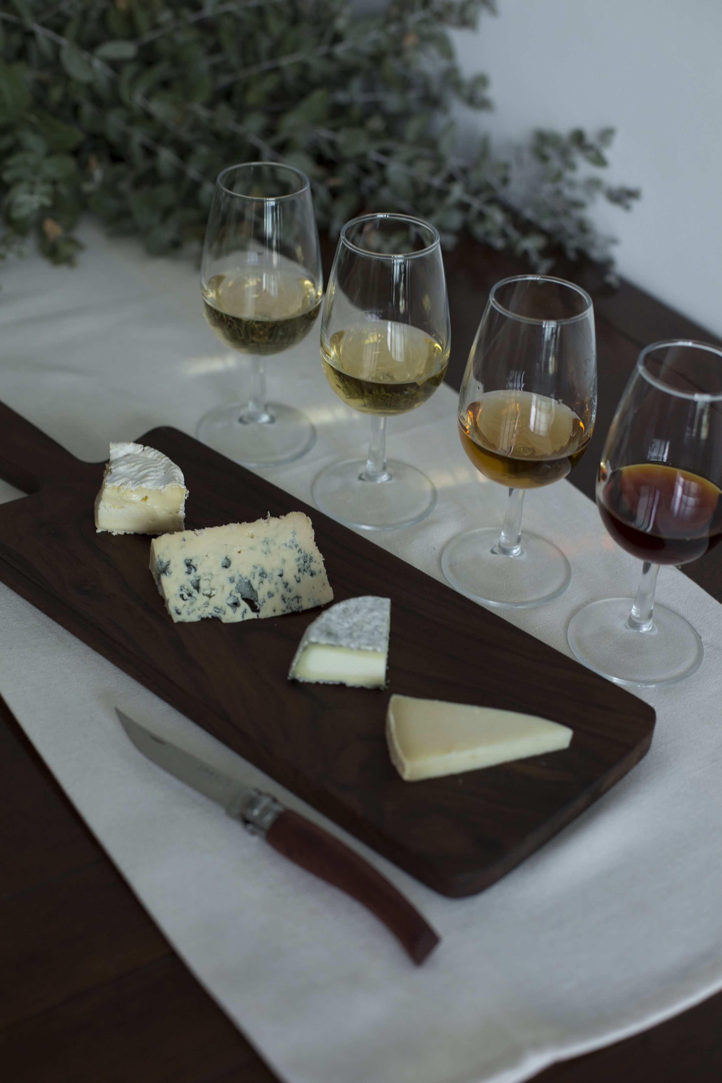 4 Cheese & Wine tasting selection