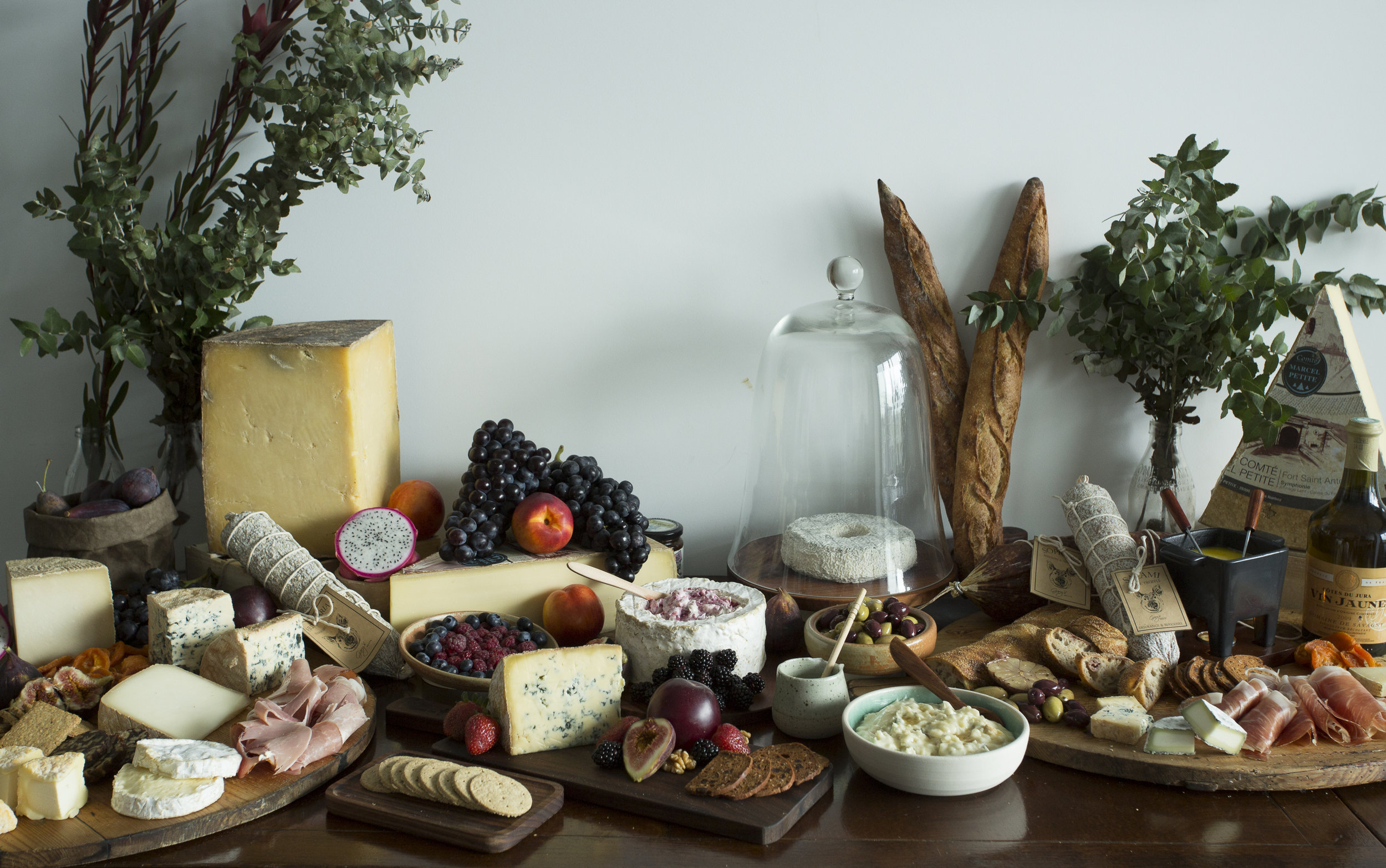 Grazing table for 50