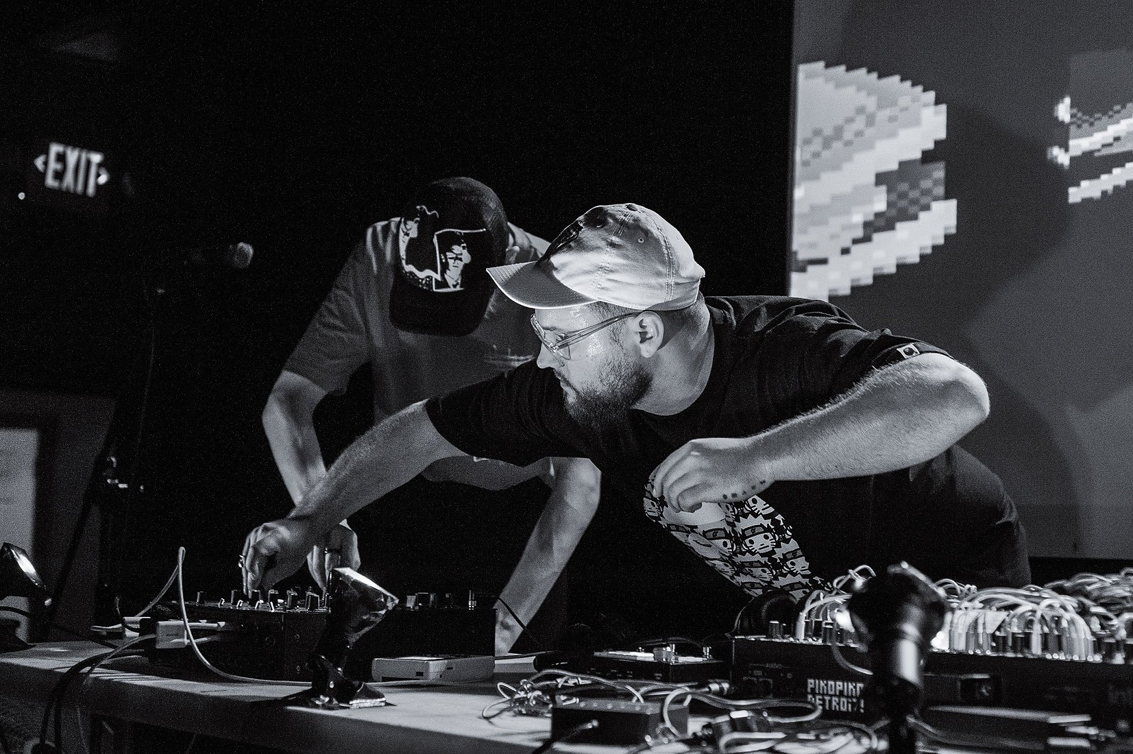 boaconstructor  &  Protoflight  with visuals by dr!p