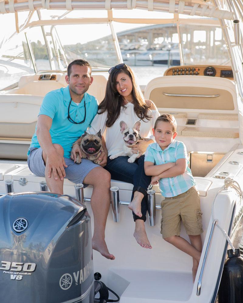 Palm-City-Family-Photo-Boat.jpg