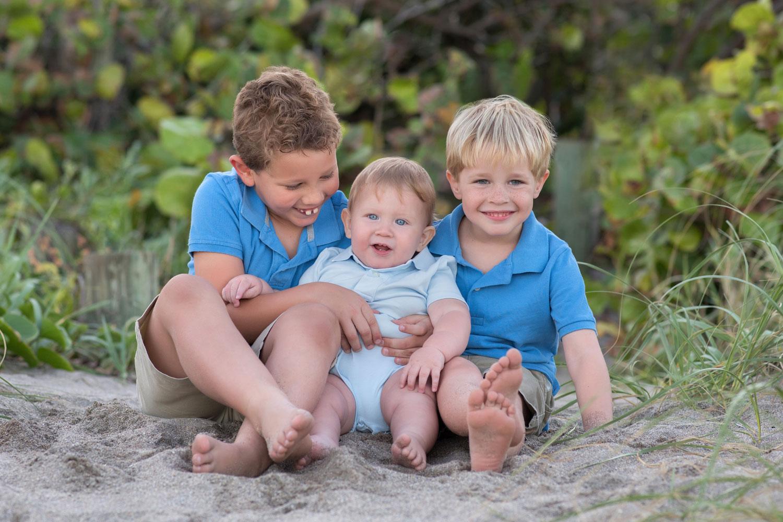 Stuart-Florida-Beach-kids-picture.jpg