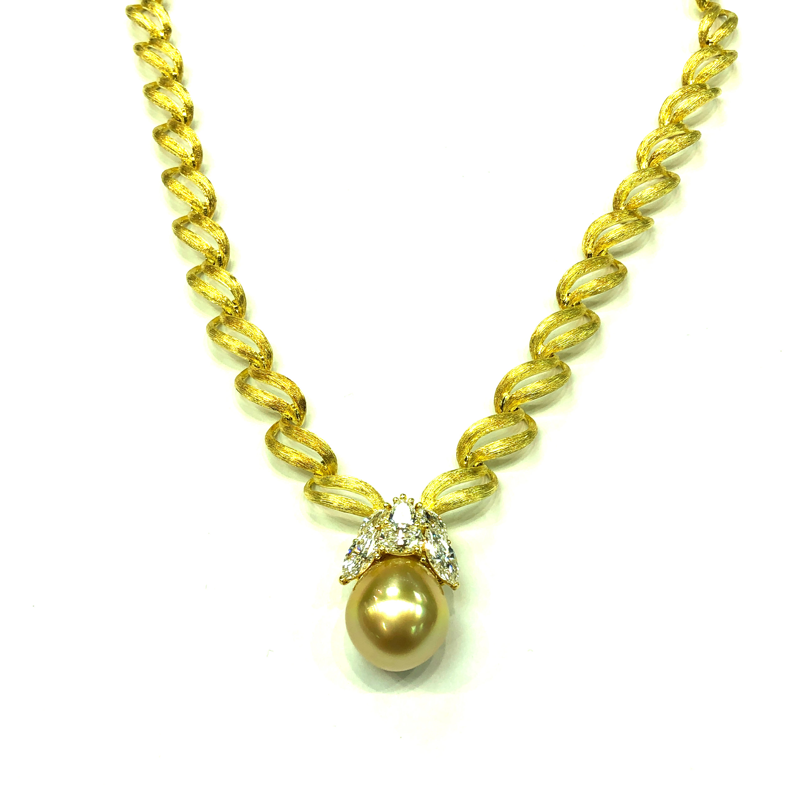 Ribbon Necklace with Champagne Color Pearl & Diamond Pendant, 18kt Yellow Gold,  Henry Dunay   Est. US$ 7,000-8,500
