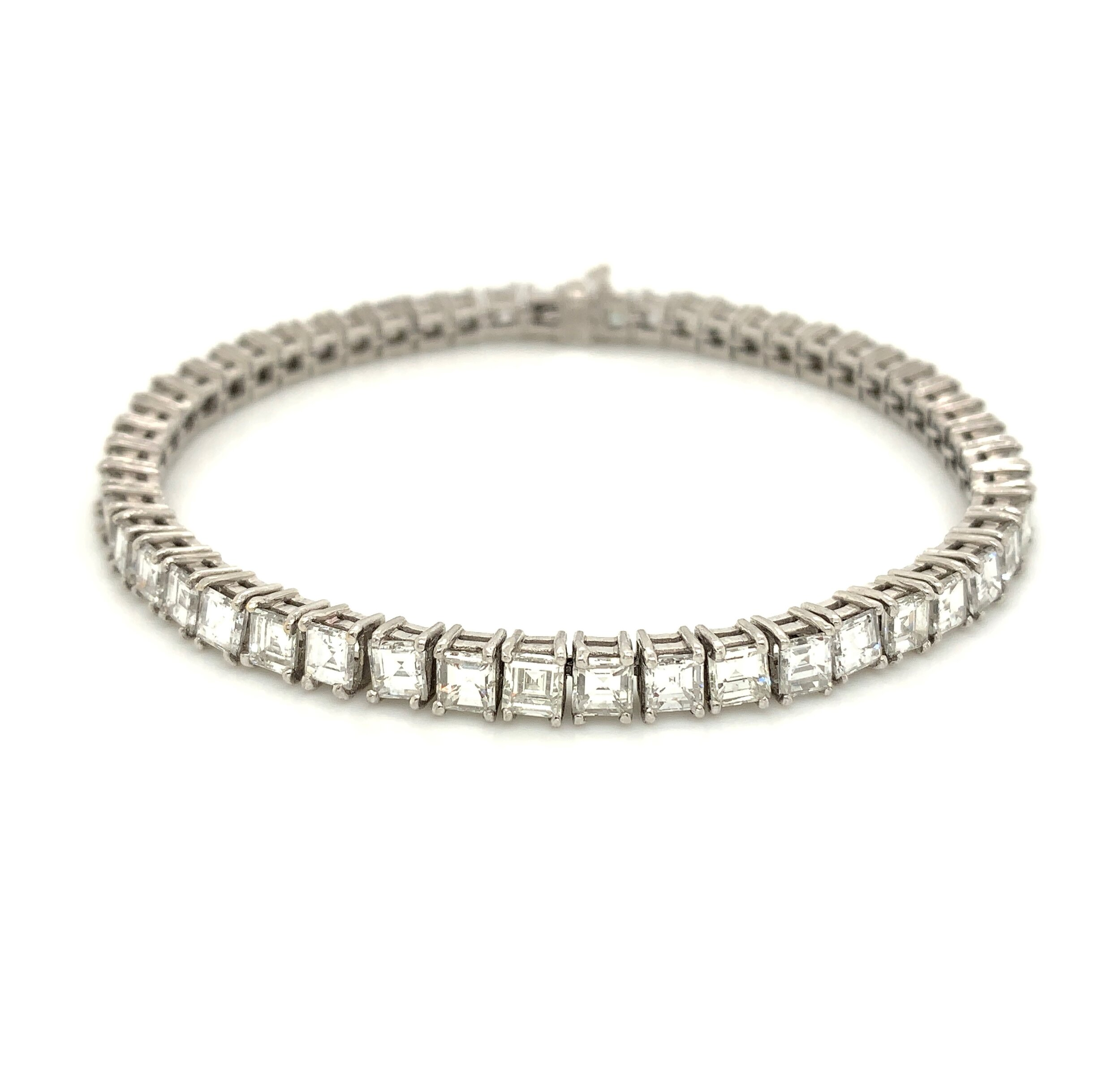 14.5ct Old Mine Cut Diamond Tennis Bracelet  Est. US$ 12,000-18,000