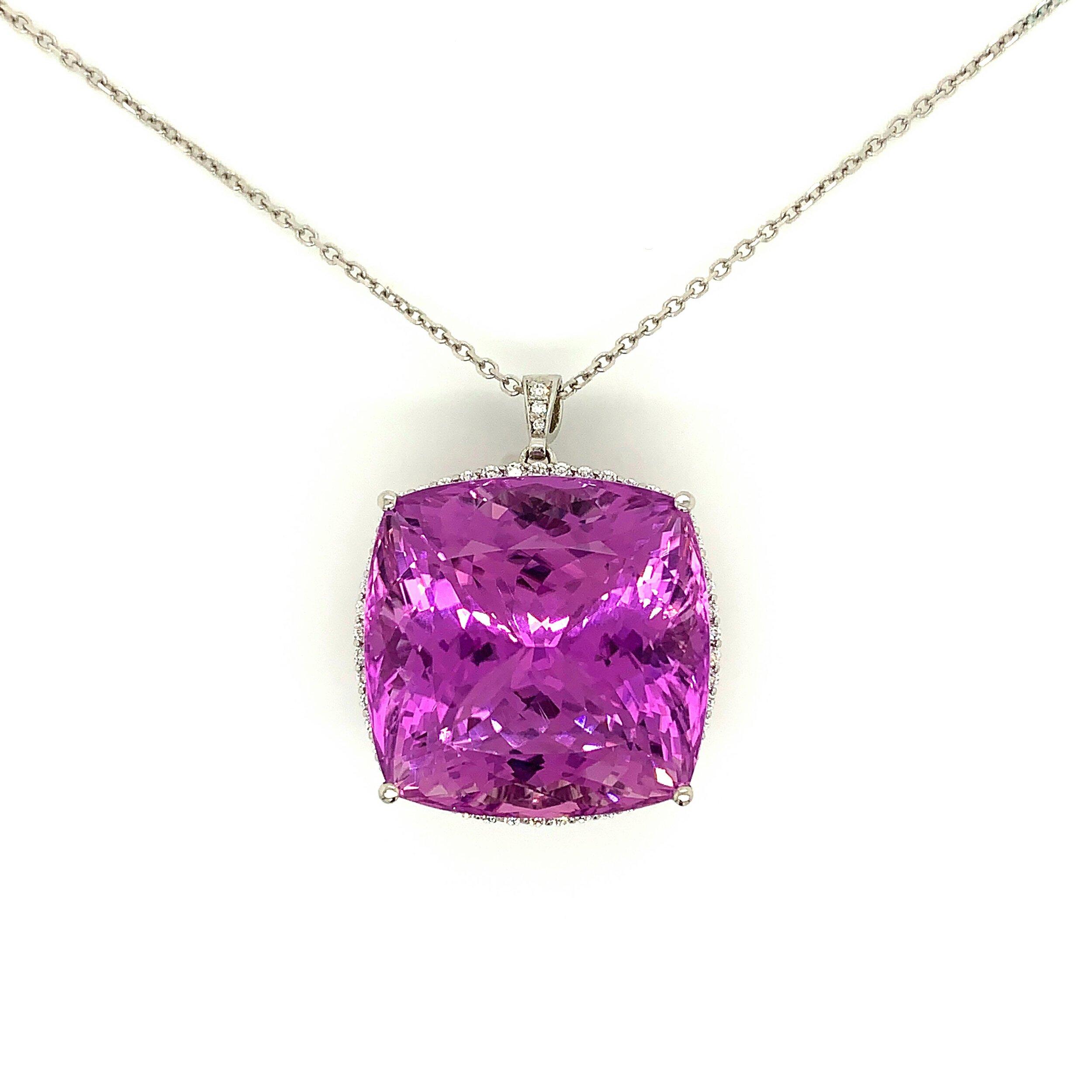 Kunzite Pendant Set with 1.09cts of Diamonds   Est. US$ 5,000-7,000