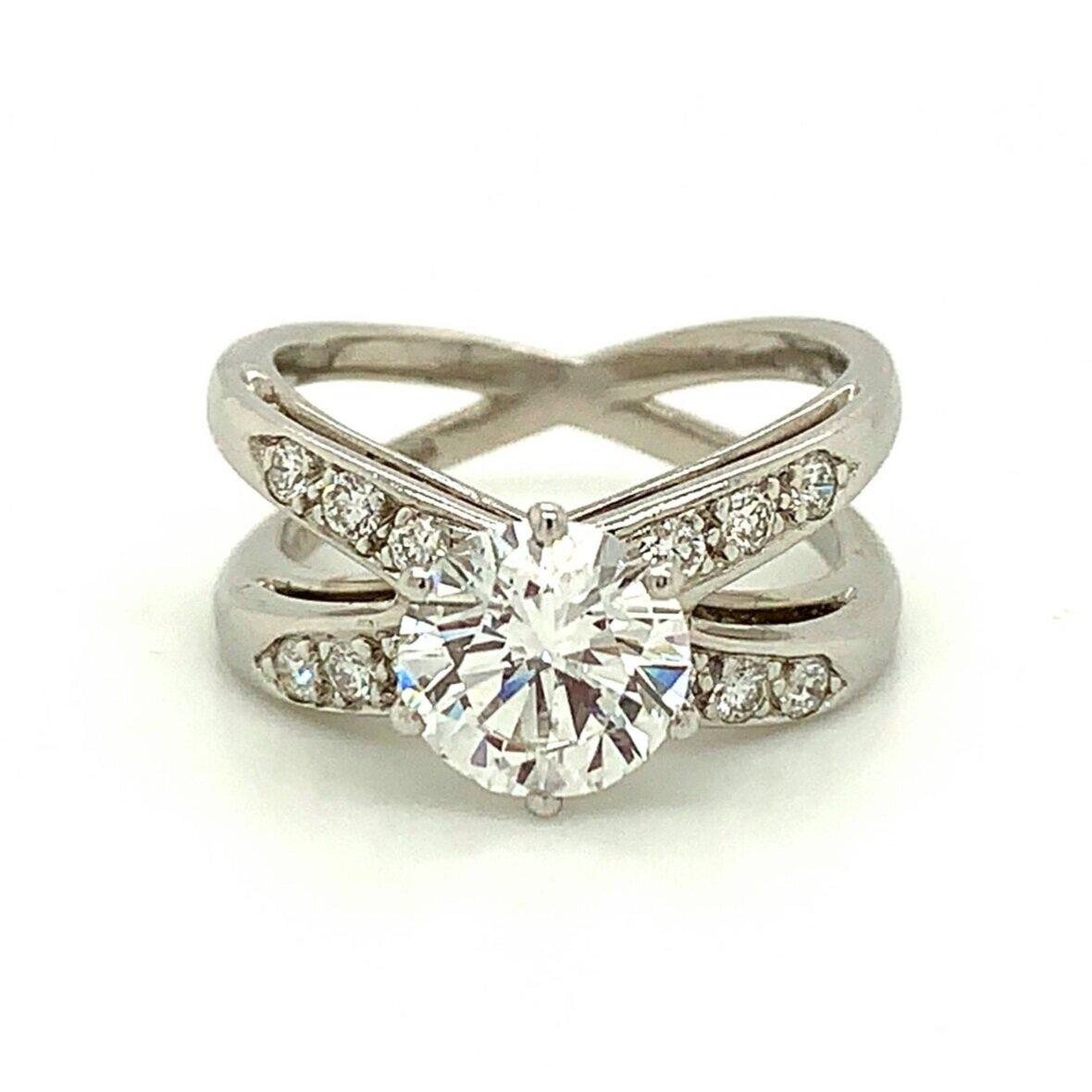 Diamond Solitaire Ring Set in Platinum, Tiffany & Co.   Est. US$ 15,000-16,500