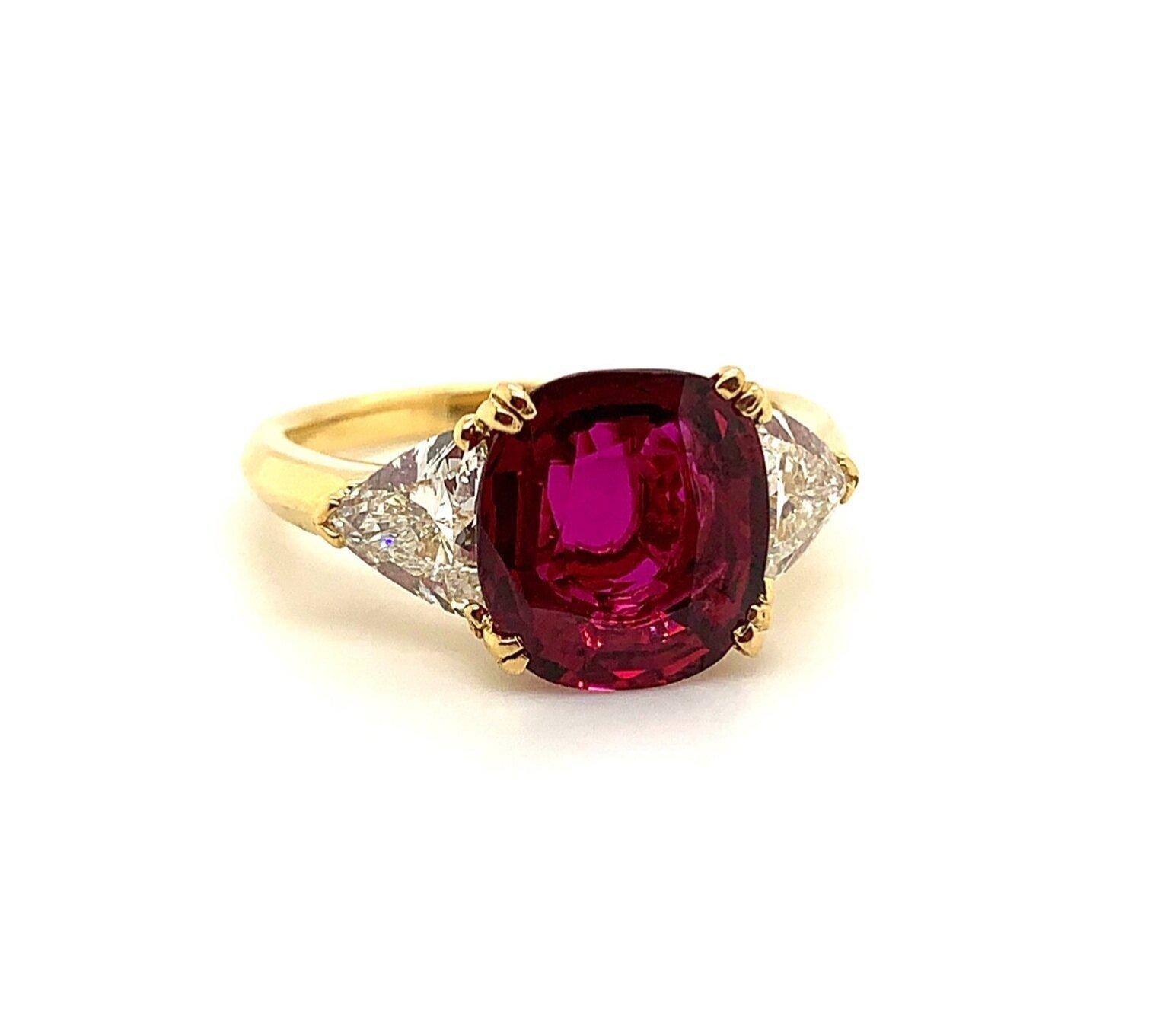 18K YG Ruby Diamond Ring  Est. US$ 13,000-15,000