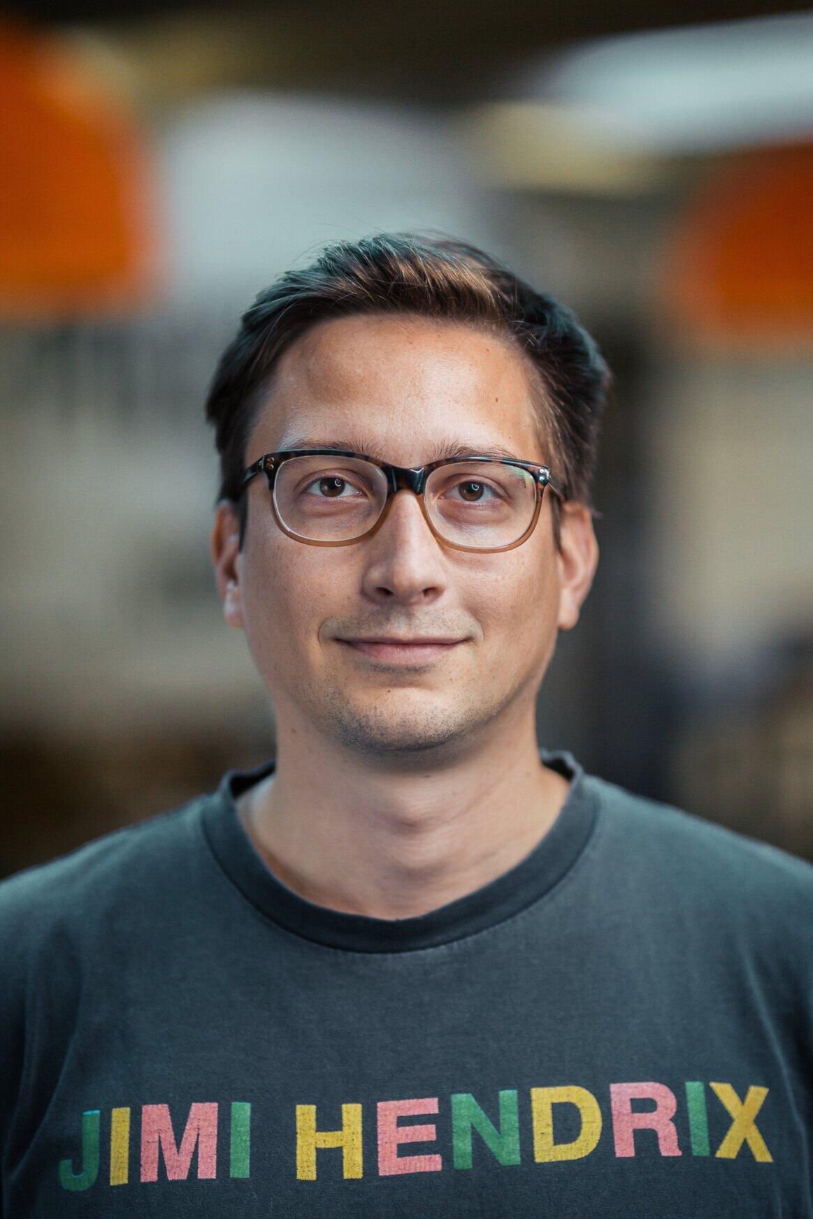 Luka Šuto  - Senior Sound Mixer / Editor