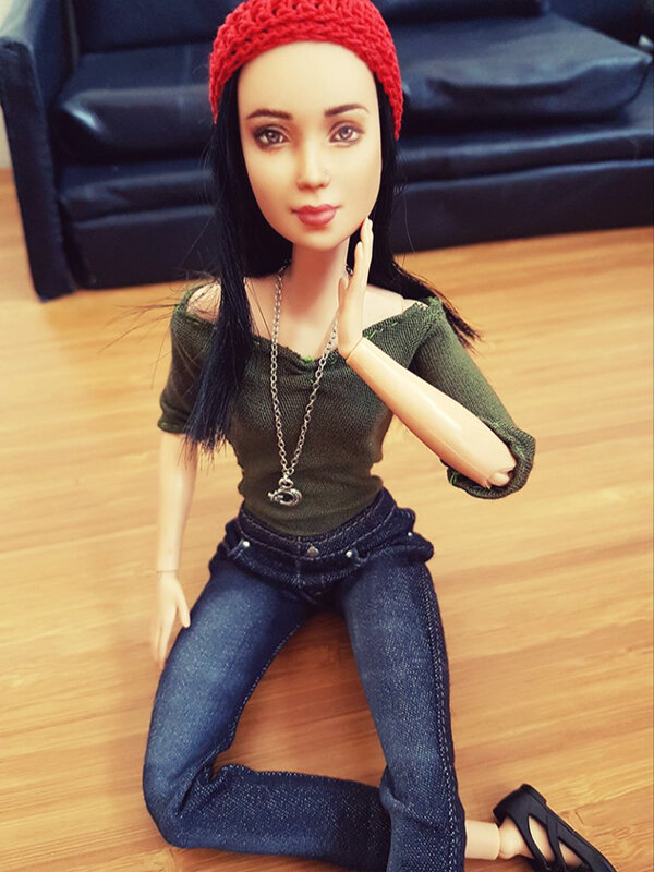 OOAK Made to Move Black Hair Barbie, Eve, Plastically Perfect - OOTD the Jeans 01.jpg