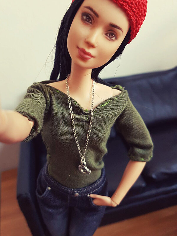 OOAK Made to Move Black Hair Barbie, Eve, Plastically Perfect - OOTD the Jeans 06.jpg