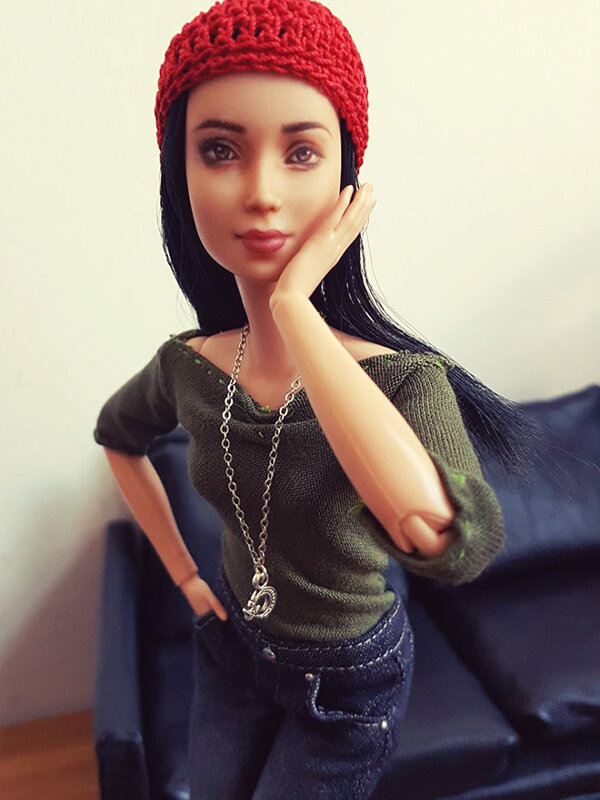 OOAK Made to Move Black Hair Barbie, Eve, Plastically Perfect - OOTD the Jeans 04.jpg