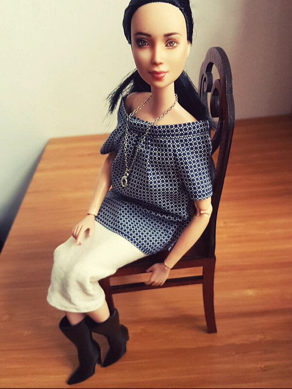 OOAK Made to Move Black Hair Barbie, Eve, Plastically Perfect - OOTD tall boots & pencil skirt 03.jpg