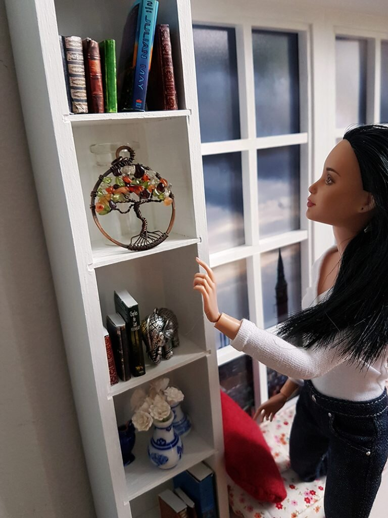 Reading Window, Not Quite Playscale, Furniture for Barrbie - Plastically Perfect - Barbie Diorama Gear 06.jpg