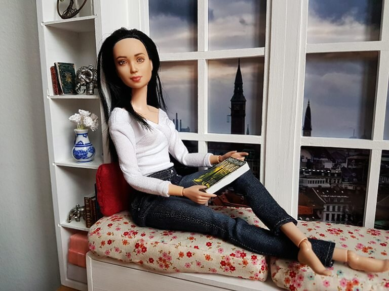 Reading Window, Not Quite Playscale, Furniture for Barrbie - Plastically Perfect - Barbie Diorama Gear 07.jpg