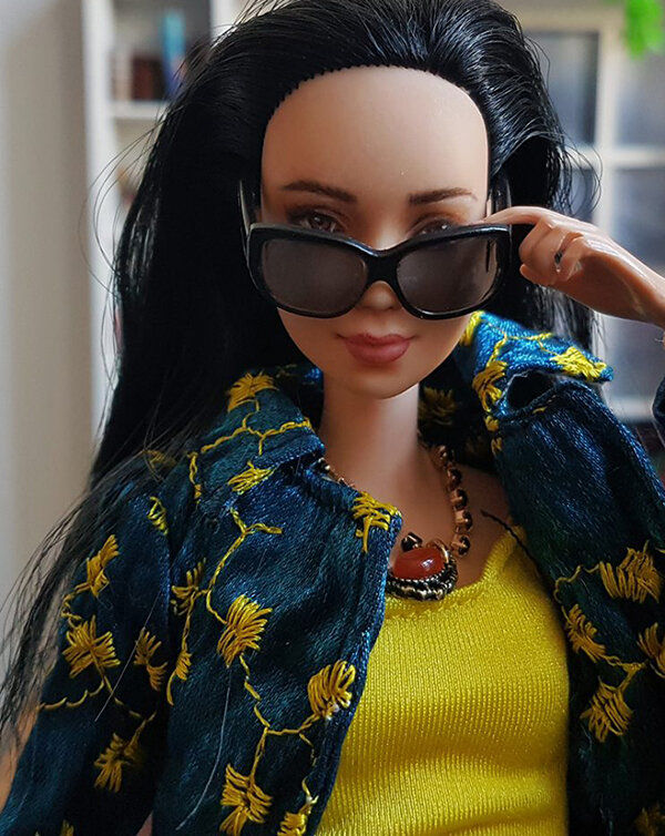 OOAK Made to Move Black Hair Barbie, Eve, Plastically Perfect - OOTD winter blues and summer yellow 04.jpg