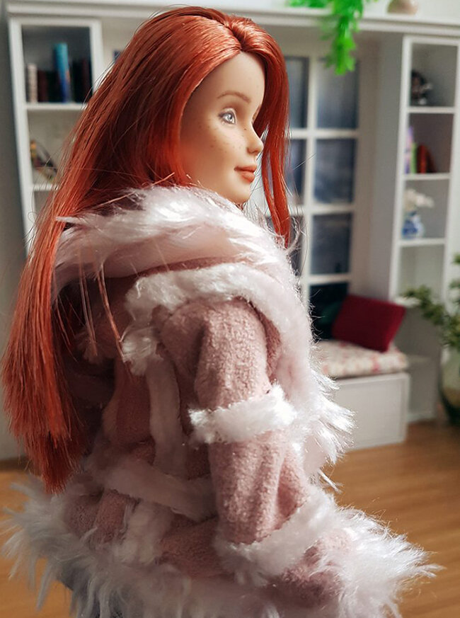 OOAK Made to Move Red Hair Barbie, Anne, Plastically Perfect - OOTD winterizing a summer dress 02.jpg