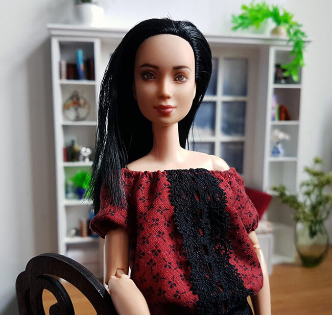 OOAK Made to Move Black Hair Barbie, Eve, Plastically Perfect - OOTD date night 02.jpg