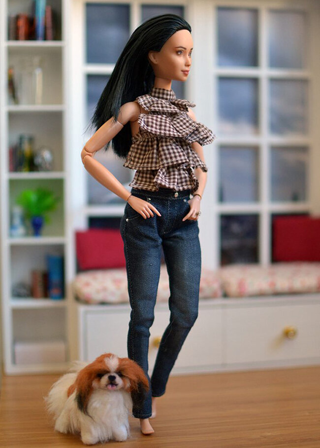 OOAK Made to Move Black Hair Barbie, Eve, Plastically Perfect - How To Standing Dol DIY 01.jpg