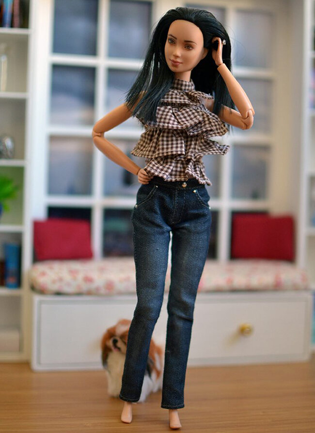 OOAK Made to Move Black Hair Barbie, Eve, Plastically Perfect - How To Standing Dol DIY 07.jpg