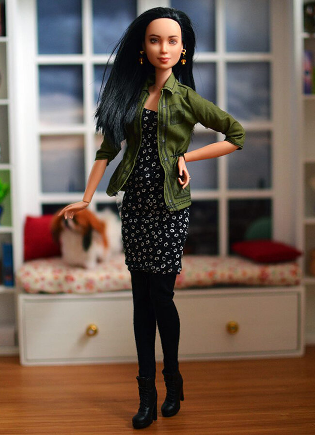 OOAK Made to Move Black Hair Barbie, Eve, Plastically Perfect - OOTD - Utility Jacket FTW 03.jpg