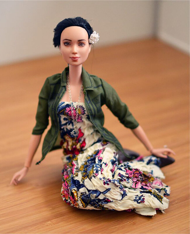 OOAK Made to Move Black Hair Barbie, Eve, Plastically Perfect - OOTD - DIY Maxi Dress 02.jpg