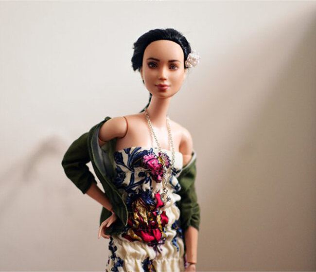 OOAK Made to Move Black Hair Barbie, Eve, Plastically Perfect - OOTD - DIY Maxi Dress 04.jpg