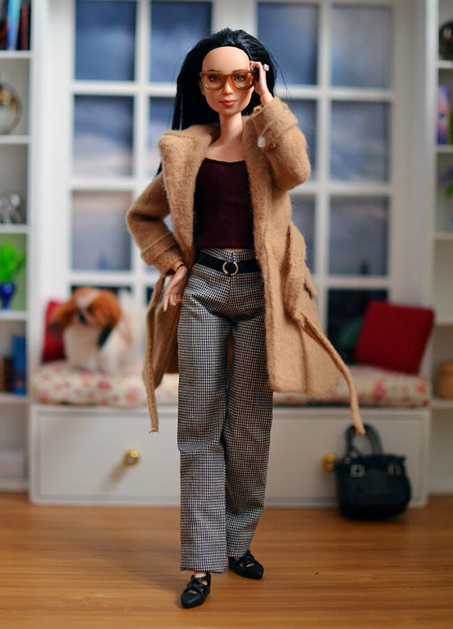 OOAK Made to Move Black Hair Barbie, Eve, Plastically Perfect - OOTD - Camel Trench 01.jpg