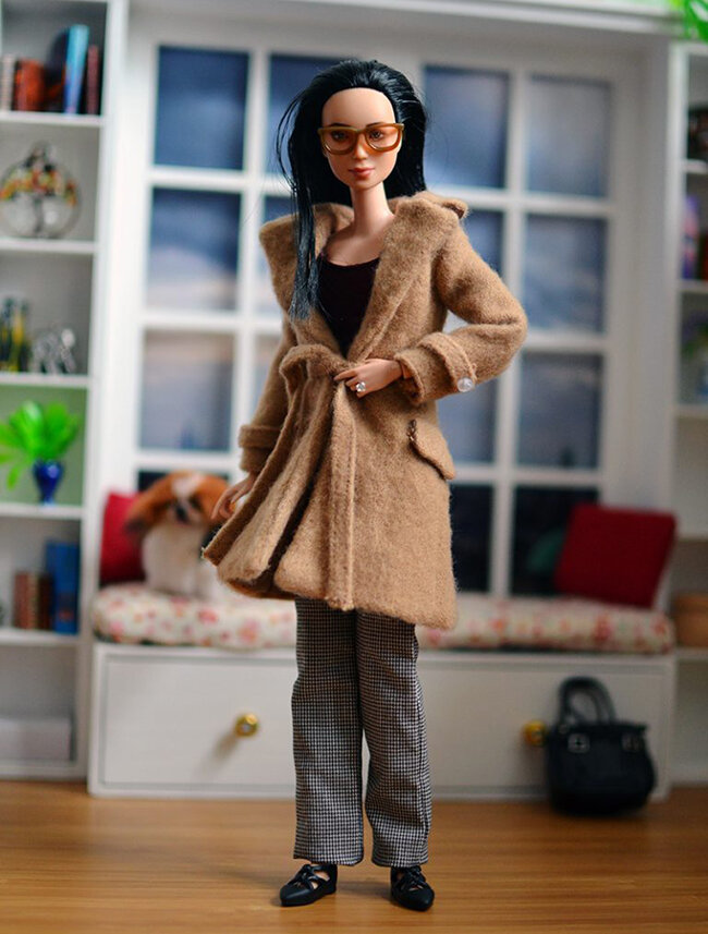 OOAK Made to Move Black Hair Barbie, Eve, Plastically Perfect - OOTD - Camel Trench 03.jpg