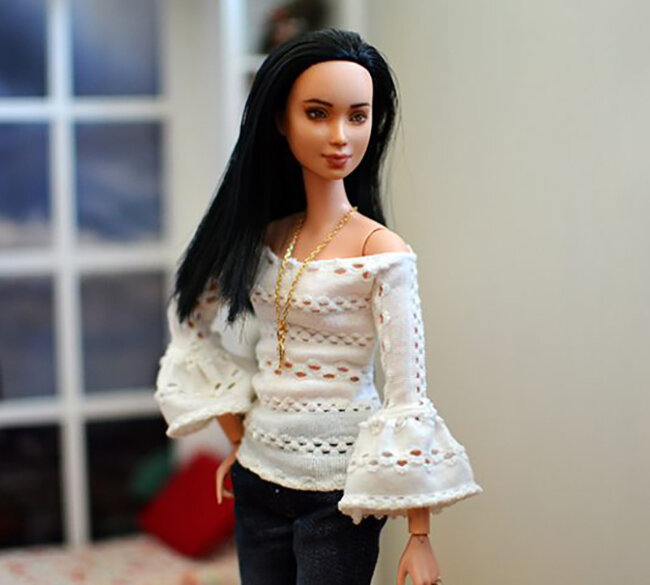 OOAK Made to Move Black Hair Barbie, Eve, Plastically Perfect - OOTD - Pointelle Statement Sleeves 01.jpg