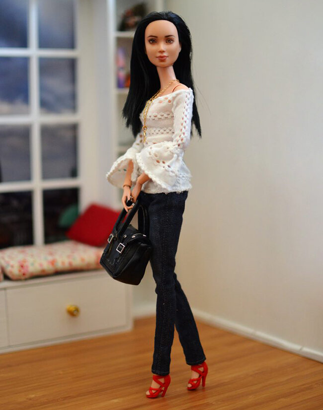 OOAK Made to Move Black Hair Barbie, Eve, Plastically Perfect - OOTD - Pointelle Statement Sleeves 02.jpg