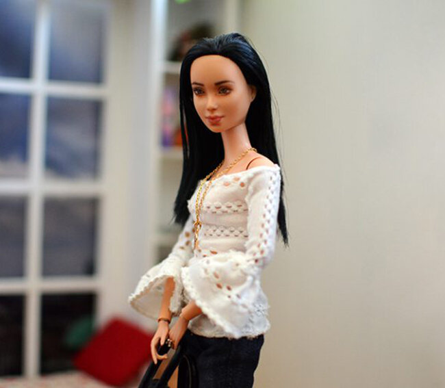 OOAK Made to Move Black Hair Barbie, Eve, Plastically Perfect - OOTD - Pointelle Statement Sleeves 03.jpg