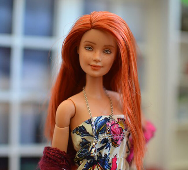 OOAK red hair made to move Barbie, Anne, Plastically Perfect - OOTD capsule wardrobe outfit 04.jpg